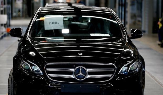 Mercedes 1100 kişiyi işten çıkarıyor!