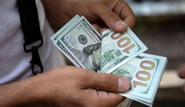 Dolar aşağı yönlü eğilimini sürdürüyor