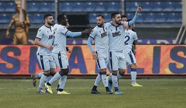 5 gollü maçta Adana Demirspor 6 maçlık hasreti bitirdi!