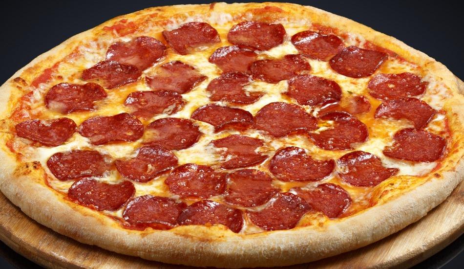 En kolay sucuklu pizza nasıl yapılır? Pizza yapmanın püf noktaları