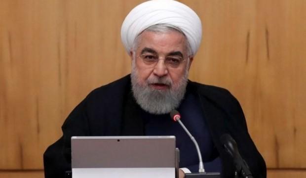 """Ruhani: """"ABD yaptırımlardan vazgeçmek zorunda kalacak"""""""