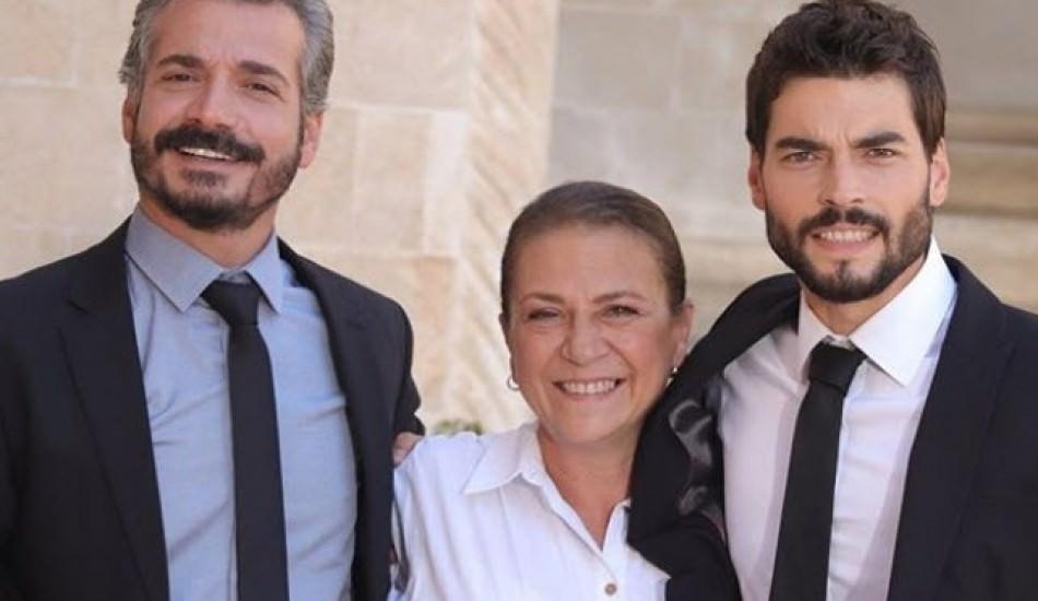 Hercai'nin Esma Ana'sı Güneş Hayat ünlü oyuncunun annesi çıktı!