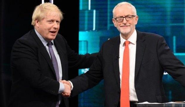 Johnson ve Corbyn TV'de tartışmak için seyirci karşısına çıktı