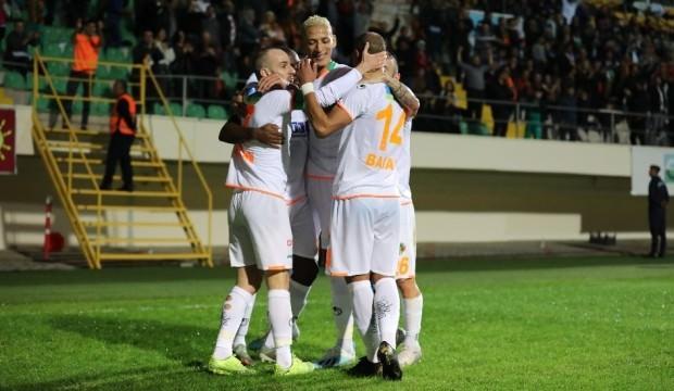 Alanyaspor galibiyet hasretini 5 golle bitirdi!