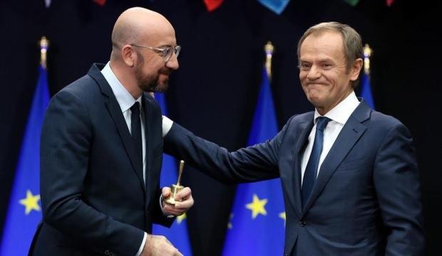 """Görevi biten Juncker ve """"renkli"""" başkan Tusk sınıfta kaldı"""
