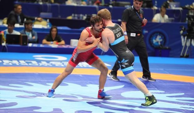 Grekoromen güreşçiler, Rusya'da 4 madalya kazandı
