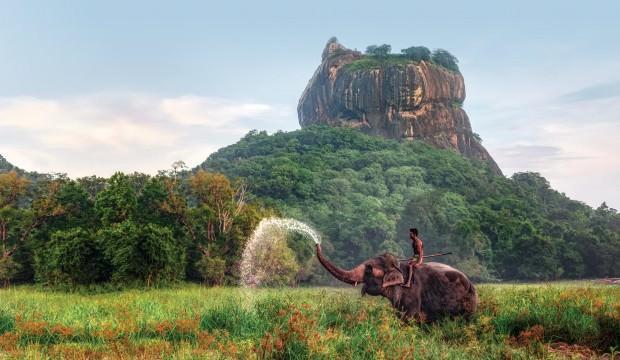 Sigiriya Kalesi...Kayanın tepesinde eşsiz manzaraya sahip büyülü yer