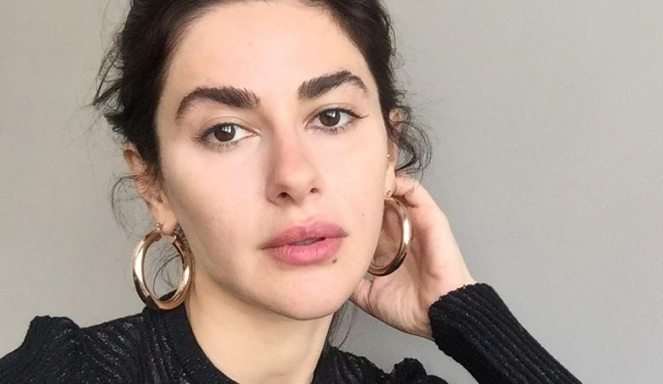 Ünlü oyuncu Nesrin Cavadzade Netflix yolcusu!