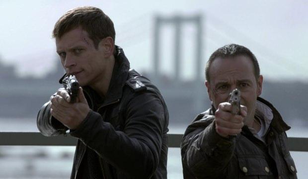 Alex ve Semir Suçluyu Yakalayabilecek mi?