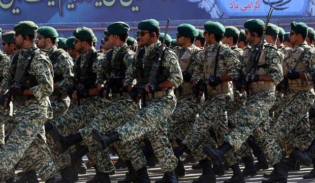 İran'da asker ateş açtı! 3 polis hayatını kaybetti