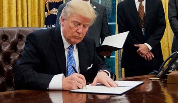 ABD ikiye bölünmüştü... Trump Yahudi kararnamesini imzaladı