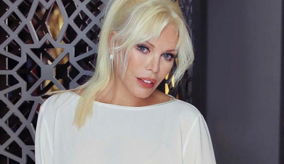 Ajda Pekkan'dan 4 milyonluk anlaşma
