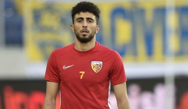Bilal Başacıkoğlu, Kayserispor'dan ayrıldı