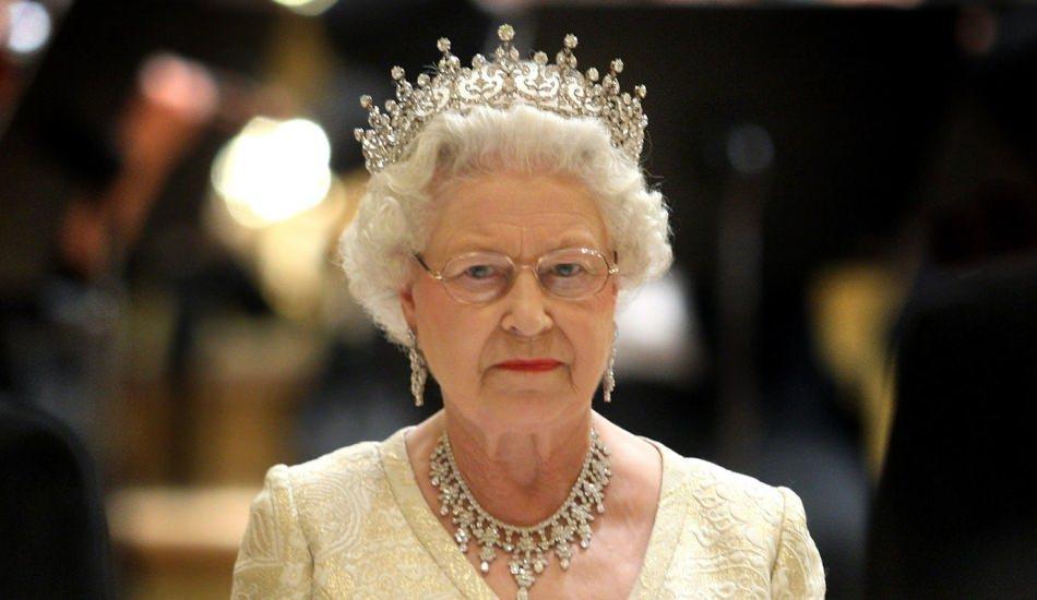 Kraliçe Elizabeth sosyal medya uzmanı arıyor! 24 Aralık son başvuru