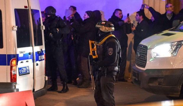 Moskova'da FSB binası yakınlarında silahlı saldırı