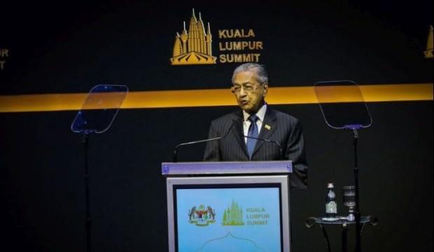 Ses getiren zirve sonrası Mahathir Muhammed durum değerlendirmesinde bulundu