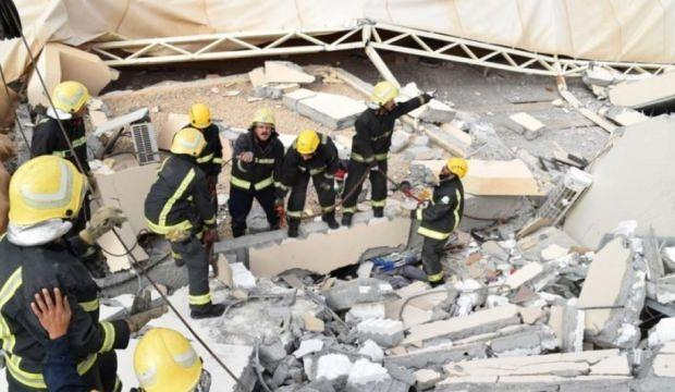 Suudi Arabistan'da üniversitenin duvarı yıkıldı! Ölü ve yaralılar var