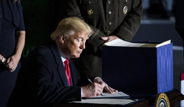 Pelosi duyurdu: Trump davetini kabul etti, 4 Şubat'ta ulusa seslenecek