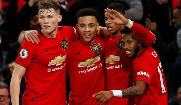 Manchester United kötü gidişe 4 golle 'dur' dedi!