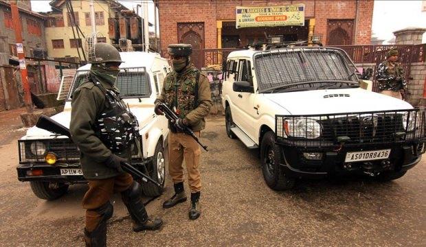 Pakistan ile Hindistan arasında gerilim: 6 ölü