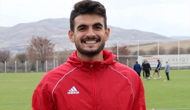 Fatih Aksoy: Beşiktaş'ta kalmak istiyorum