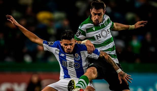 Sporting Lizbon evinde Porto'ya kaybetti