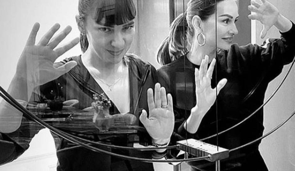 Doktorlar dizisinin yıldızları Melike Güner ve Yasemin Özilhan bir arada!