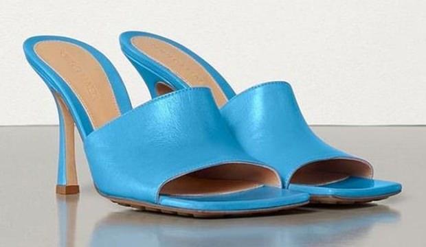 Topshop, Bottega Veneta'nın terliklerine benzer modeller üretti