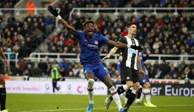 Chelsea'yi 90+4'te yıktılar
