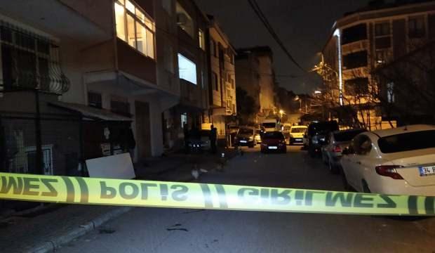 Gürültü edenleri uyaran polis babası bıçaklandı