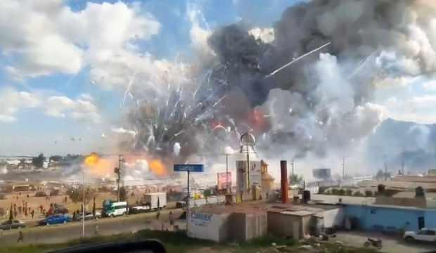 Havai fişek deposunda patlama: 2 ölü