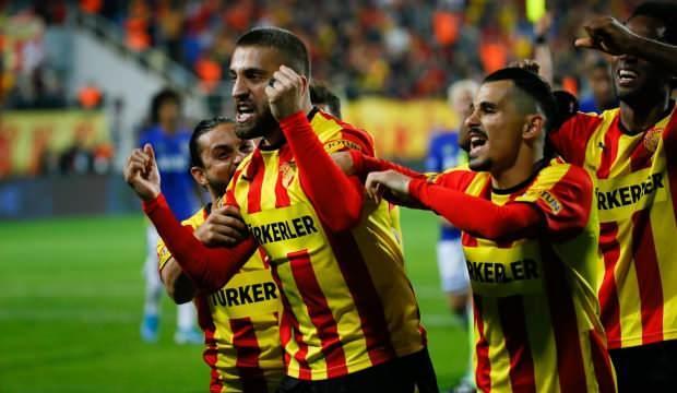 Fenerbahçe'den sürpriz teklif! Sadık + para...