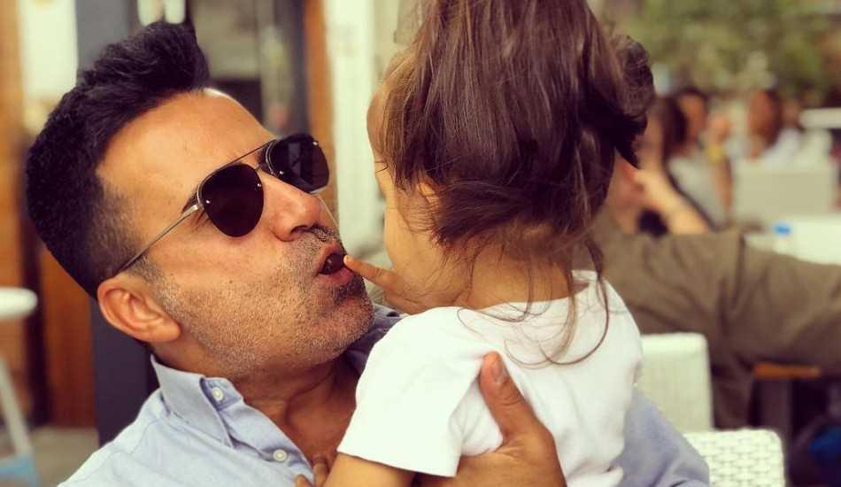 Emrah 2 yaşındaki kızı Eleysa ile düet yaptı!