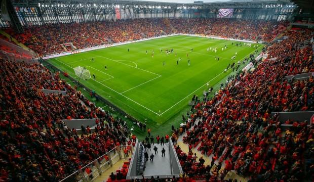 Göztepe yeni stadına kavuştu!