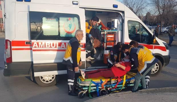 Niğde'den deprem bölgesine 8 tır yardım