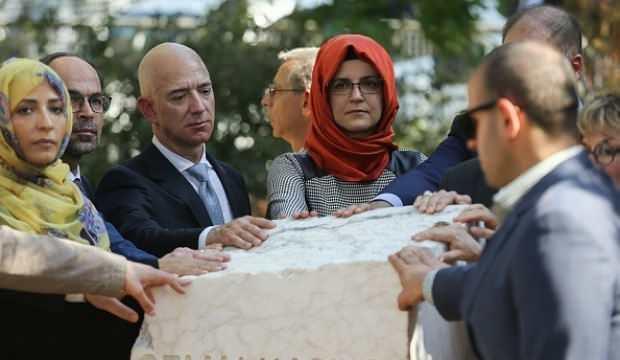 Dünyanın en zengin adamı Jeff Bezos'tan 'durduk yere' tuhaf paylaşım