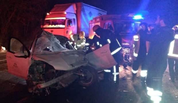 Tıra arkadan çarpan genç sürücünün feci ölümü