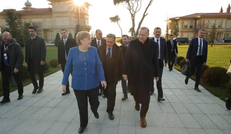 Almanya şansölyesi Angela Merkel'in İstanbul paylaşımı sosyal medyayı salladı!