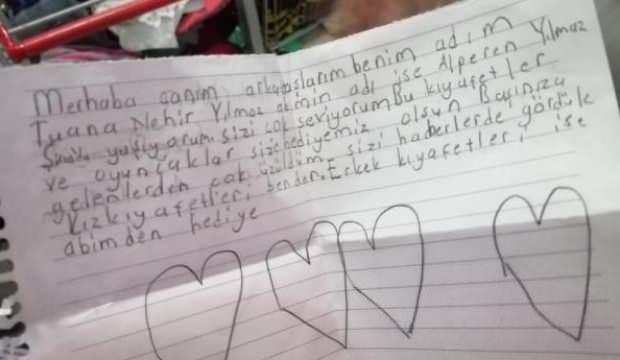 Depremzedelere giden yardımlardan çıkan çocuk notları ağlattı