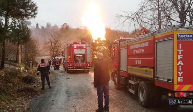 Doğal gazı borusu alev aldı, çevredeki evler boşaltıldı