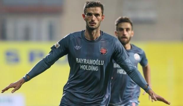Karagümrük Menemenspor'u tek golle geçti