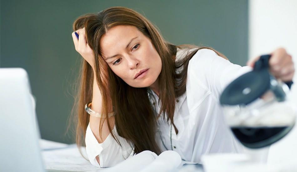 Kronik yorgunluk nedir? Kronik yorgunluğun nedenleri nelerdir? İyi gelen doğal yollar var mı?