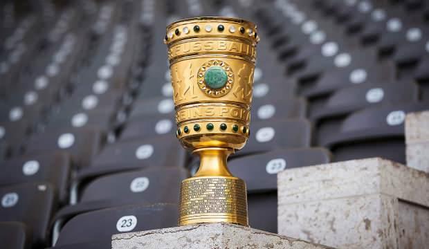 Almanya Kupası'nda Schalke 04 ve Werder Bremen tur atladı