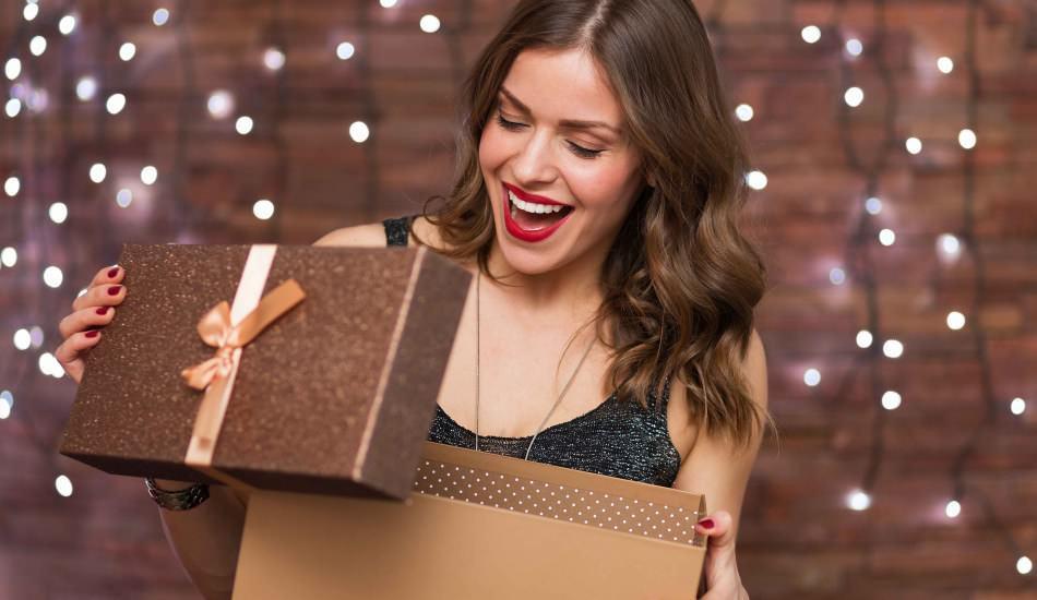 Kadınlara ne hediye alınır? Kadınların çok seveceği hediye önerileri