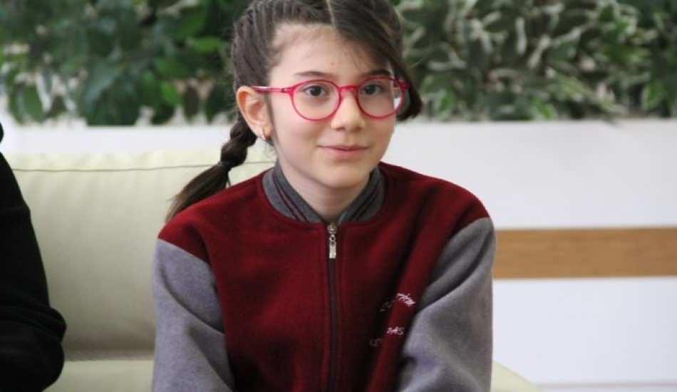 4. sınıf öğrencisi Elanur Akıncı, matematikte dünya 1.'si oldu! Elanur Akıncı hangi okulda?