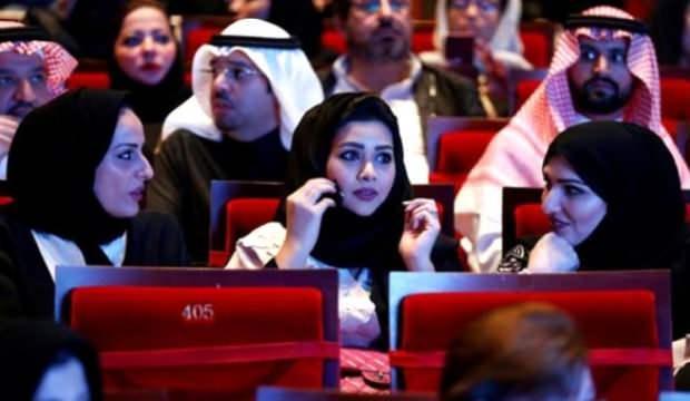 Bir zamanlar yasaktı! S.Arabistan 'Sevgililer Günü'ne hazırlanıyor