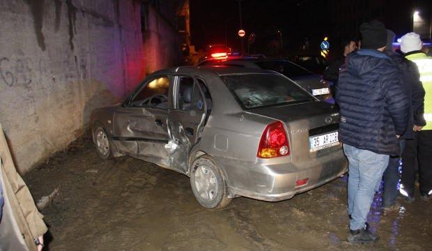 Kütahya Emet'te trafik kazası: 3 yaralı