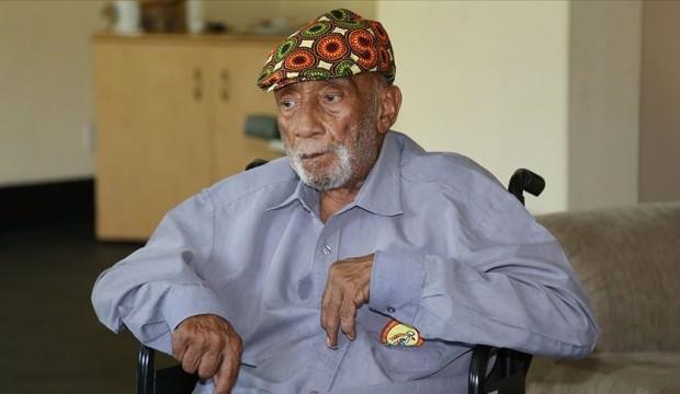 Mozambik direnişinin kahramanı dos Santos vefat etti