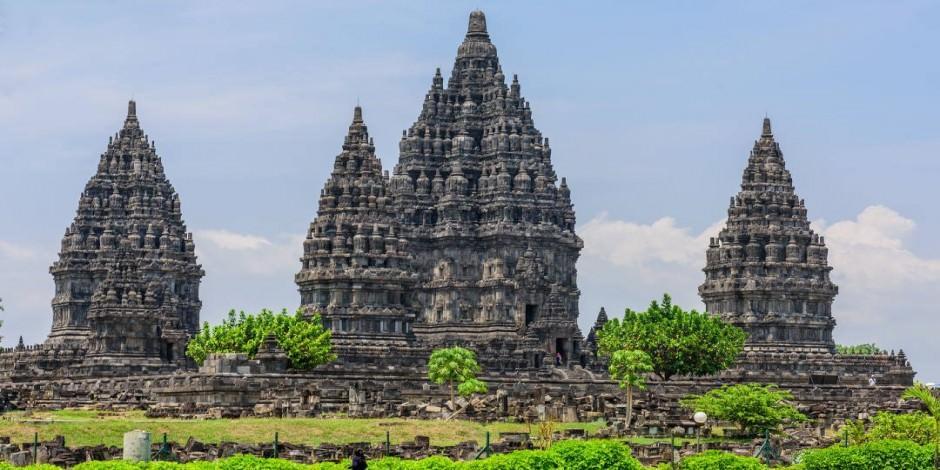 Prambanan Tapınağı Endonezya'nın en büyük tapınak alanı