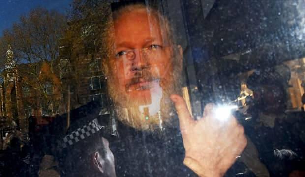 ABD'nin kirli çamaşırlarını ortaya çıkaran Assange'ın iade davası başlıyor